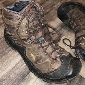 Keen Hiking Boots sz 11.5D